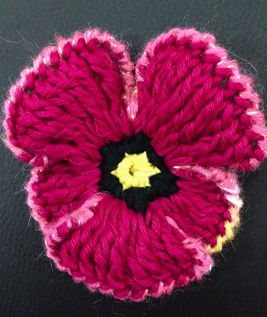 Crochet Frilly Pansy