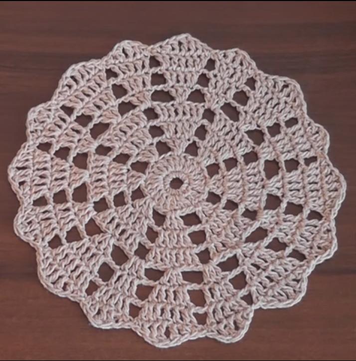 Crochet Lovely Doily Tutorial
