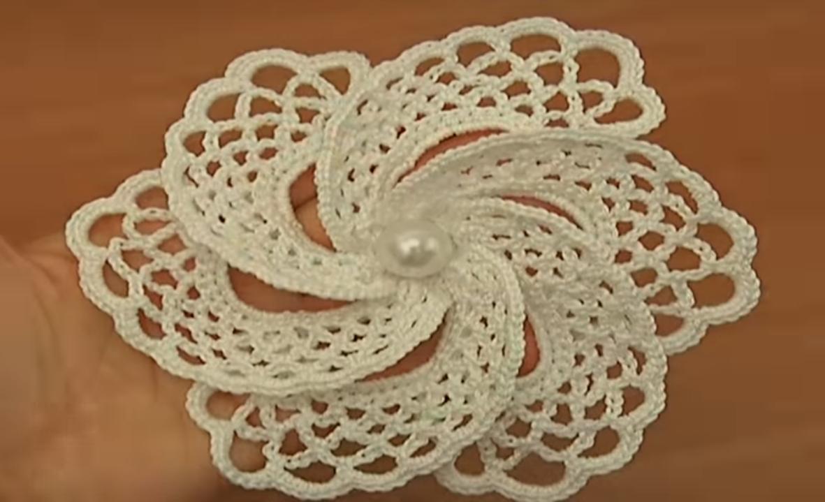 Crochet 6 Petal Adorable Flower