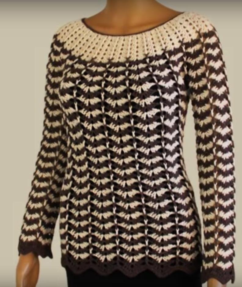 Crochet Wavy Pullover With Sleeves