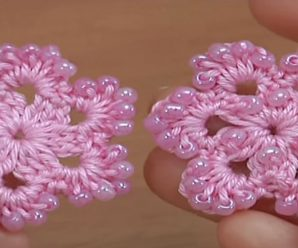 Crochet Easy 6 Petal Flower Tutorial