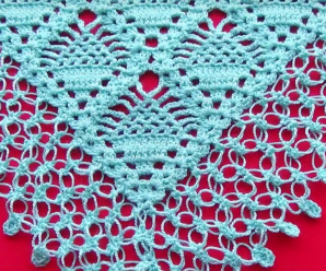 V Stitch Triangular Shawl
