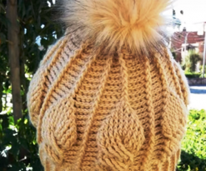 Crochet Leaves Stitch Pompom Hat