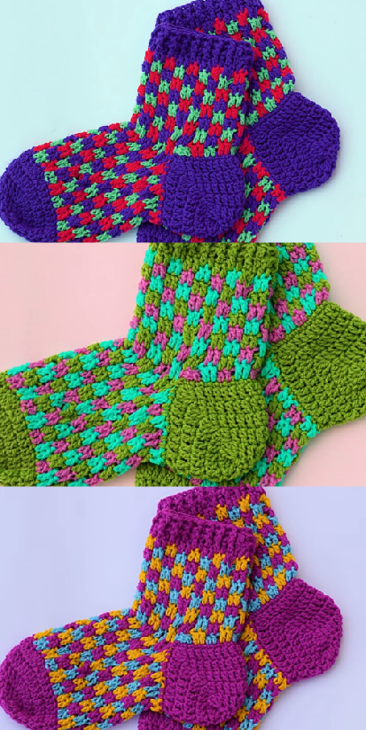 Fast And Easy Adult Socks Crochet Ideas