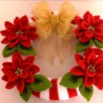 Crochet Christmas Wreath With Flowers