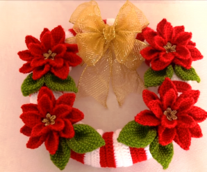 Crochet Christmas Wreath With Flowers