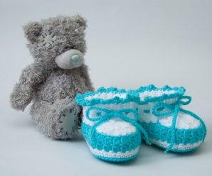 How To Crochet Lovely Baby Shoes For Beginners