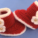 Crochet Baby Shoes With Flowers