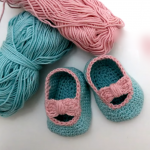Crochet Baby Girl Shoes With Bow