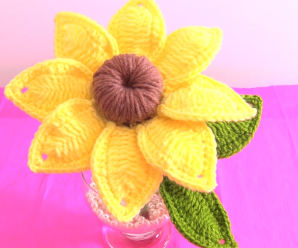 Crochet 3 D Sunflower With Leaves