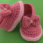 Crochet Baby Girl Shoes With Beads