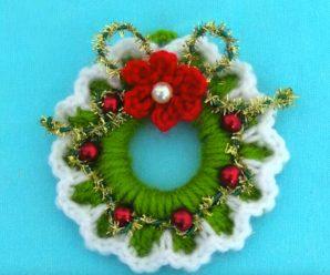 How To Crochet Tiny Christmas Wreath