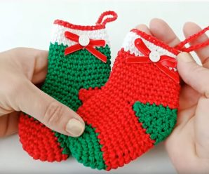 How To Crochet Christmas Socks