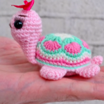 Crochet Super Easy Turtle Toy
