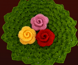 Crochet Lovely Doily With Flowers