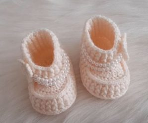 Crochet Boots For Baby Girl