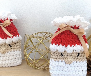 How To Crochet Tiny Santa Claus Bag