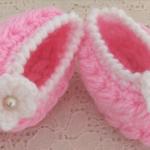 Crochet Lovely Shoes For Baby (For Beginners)