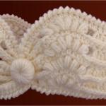 Crochet Lovely Headband With Flower
