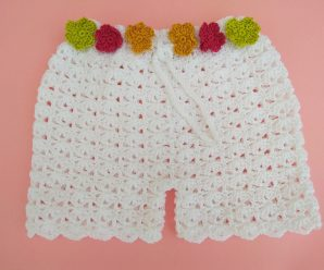 Crochet Fast And Beautiful Shorts For Baby