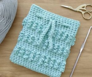 Crochet Fast And Easy Tiny Purse