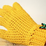 Cute Crochet Gloves With Fingers