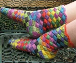 Knit Rainbow Socks