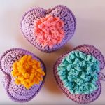 How To Crochet A Heart With Flower