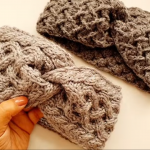 Crochet A Headband For Beginners