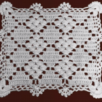 How To Crochet Beautiful Table Runner