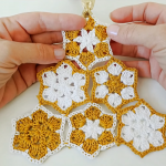 Crochet Christmas Tree With Stars