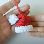 Crochet Tiny Santa Claus Toy