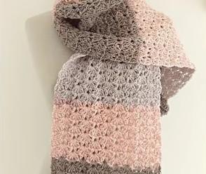 Crochet A Beautiful Scarf Video Tutorial